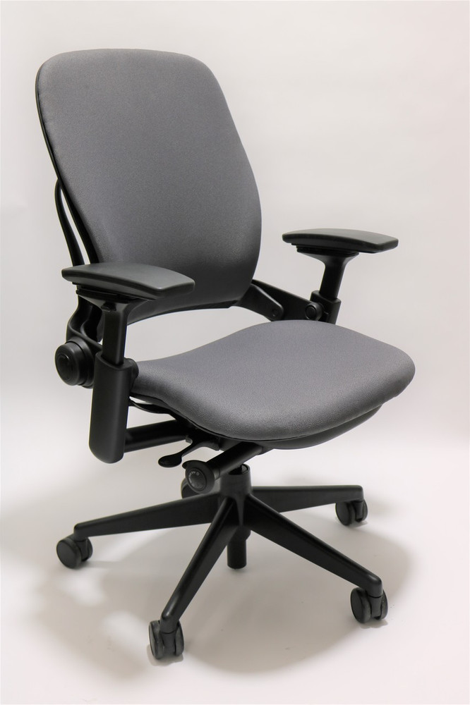 Steelcase Leap Chair V2 Gray Fabric