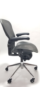 Herman Miller Aeron Chair Size B Black Polished Base