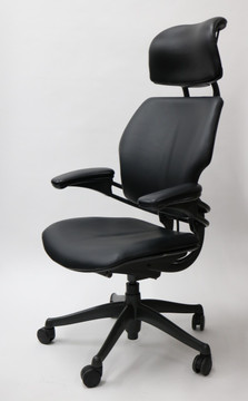 Refurbished Humanscale Freedom Chair Fully Adjustable Model With Headrest in Black Leather