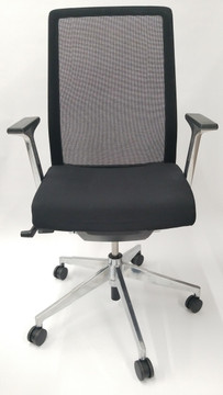 Haworth Very Chair Executive Edition Mesh Back