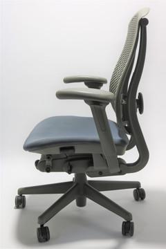 Herman Miller Celle Chair NavyBlue Seat + Adjustable Lumbar