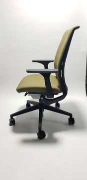 Steelcase Think Chair Gold Fabric V2 + Adjustable Lumbar