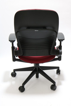 Steelcase Leap Chair V2 Burgundy Fabric