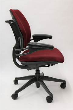 Humanscale Freedom Chair Fully Adjustable Model Burgundy Fabric