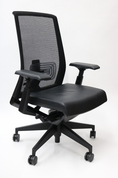 Very Chair by Haworth Black Leather Mesh Back Fully Adjustable Model + Fully Adjustable 4-D Arms
