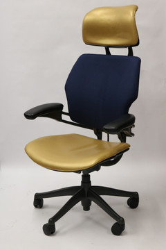 Freedom Chair By Humanscale Fully Adjustable Model With Headrest Gold/Navy