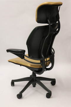 Freedom Chair By Humanscale Fully Adjustable Model With Headrest Gold/Green