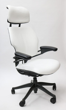Humanscale Freedom Chair Fully Adjustable Model With Headrest in White Leather