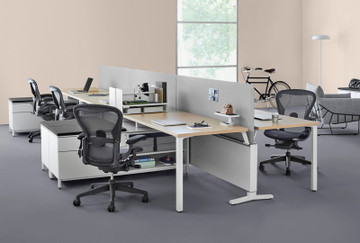 Herman Miller Aeron V2 Remastered Chair, Brand NEW Size B, Adjustable Arms, Adjustable Lumbar Support