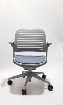 Steelcase Cachet Chair With Arms and Casters