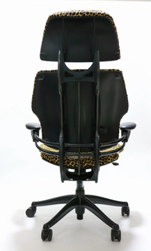 Humanscale Freedom Headrest Chair Fully Adjustable Cast Hide Leopard Pattern