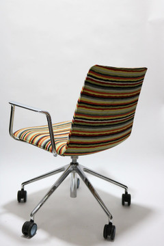 Andreu World Flex Corporate  SO1660 Chairs Collection by Piergiorgio Cazzaniga Line Colors Fabric