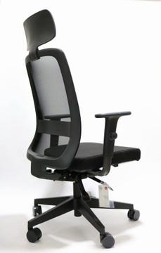 Velo by CavilUSA with Headrest