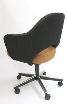 Knoll Eero Saarinen Executive Armchair with Swivel Base