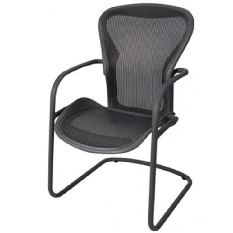 Herman Miller Aeron Side Chair Size B