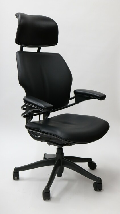 Humanscale Freedom Chair Fully Adjustable Model With Headrest in Black Leather