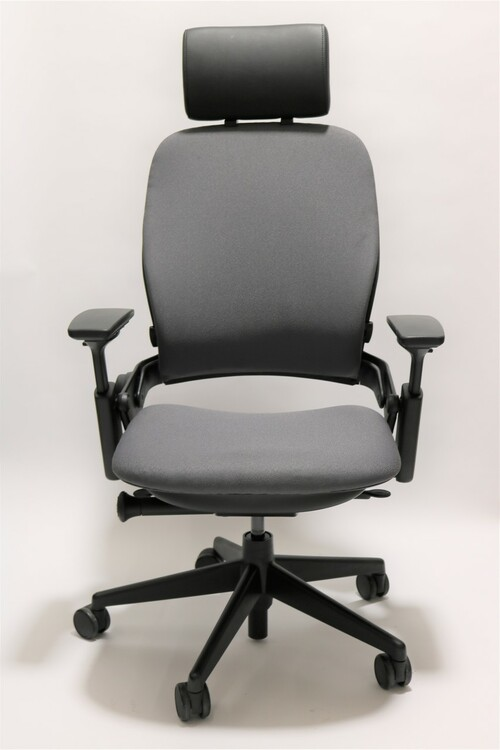 Steelcase Leap Chair V2 Gray Fabric With Headrest
