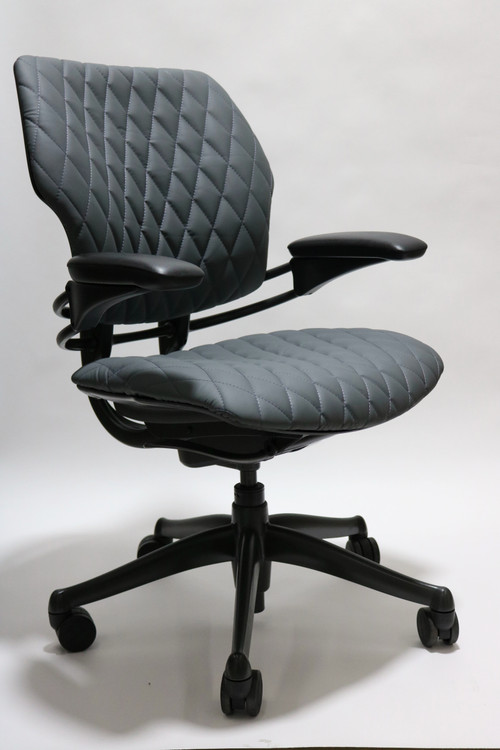 Humanscale Freedom Chair Fully Adjustable Diamond Executive Model Gray Leather