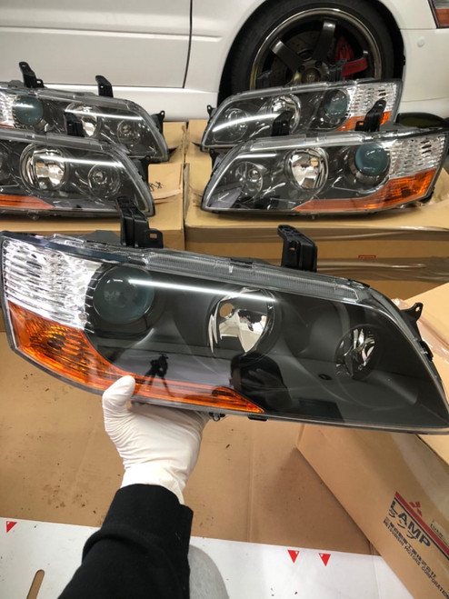 Mitsubishi Lancer Evo 8 MR Headlight OEM