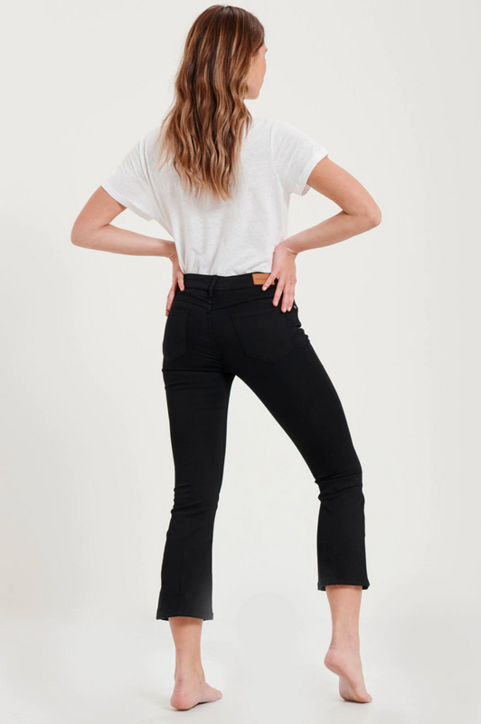 Mid-Rise Cropped Flare