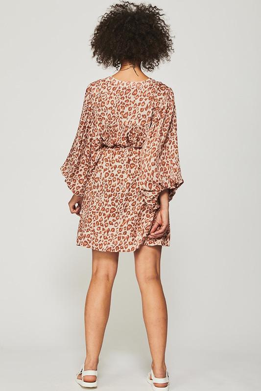 Billow Sleeve Tunic Dress in Light Leopard