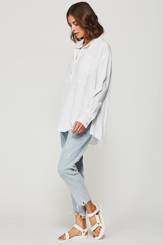 Relaxed Pocket Shirt in White Linen