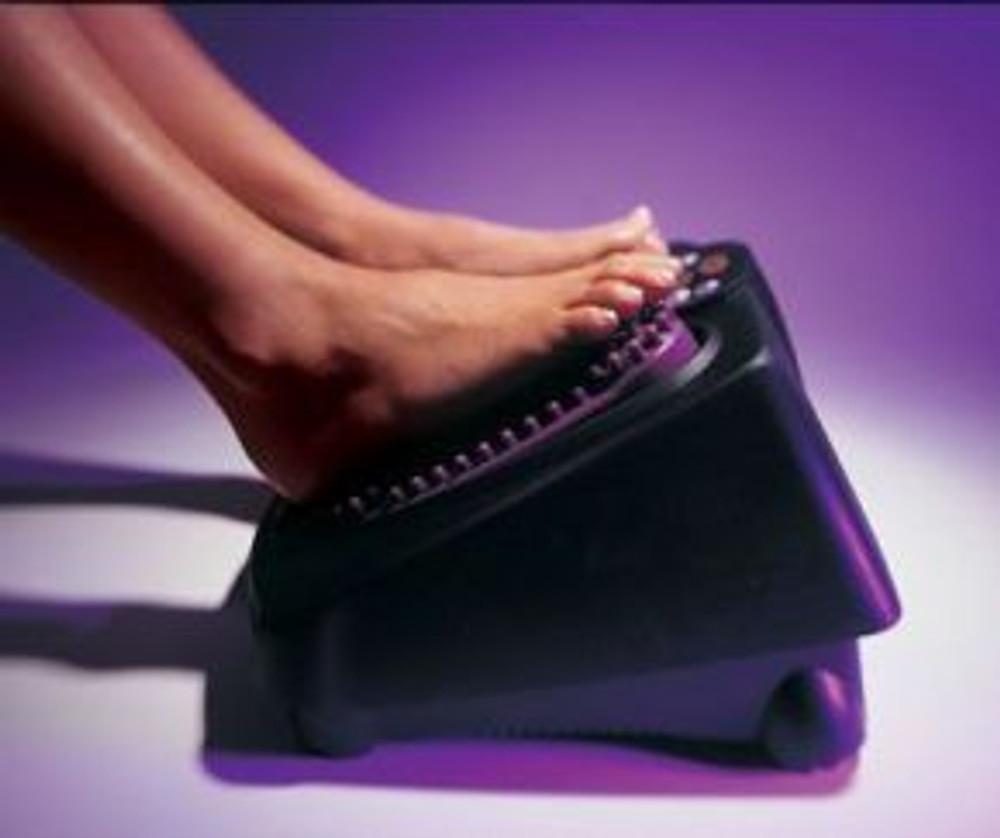 Thumper Versa Pro Professional Lower Body Deep Muscle Massager makes an ideal foot massager