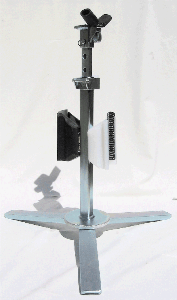 EVO Hoof Stand shown with the optional Radius Rasp (sold separately).