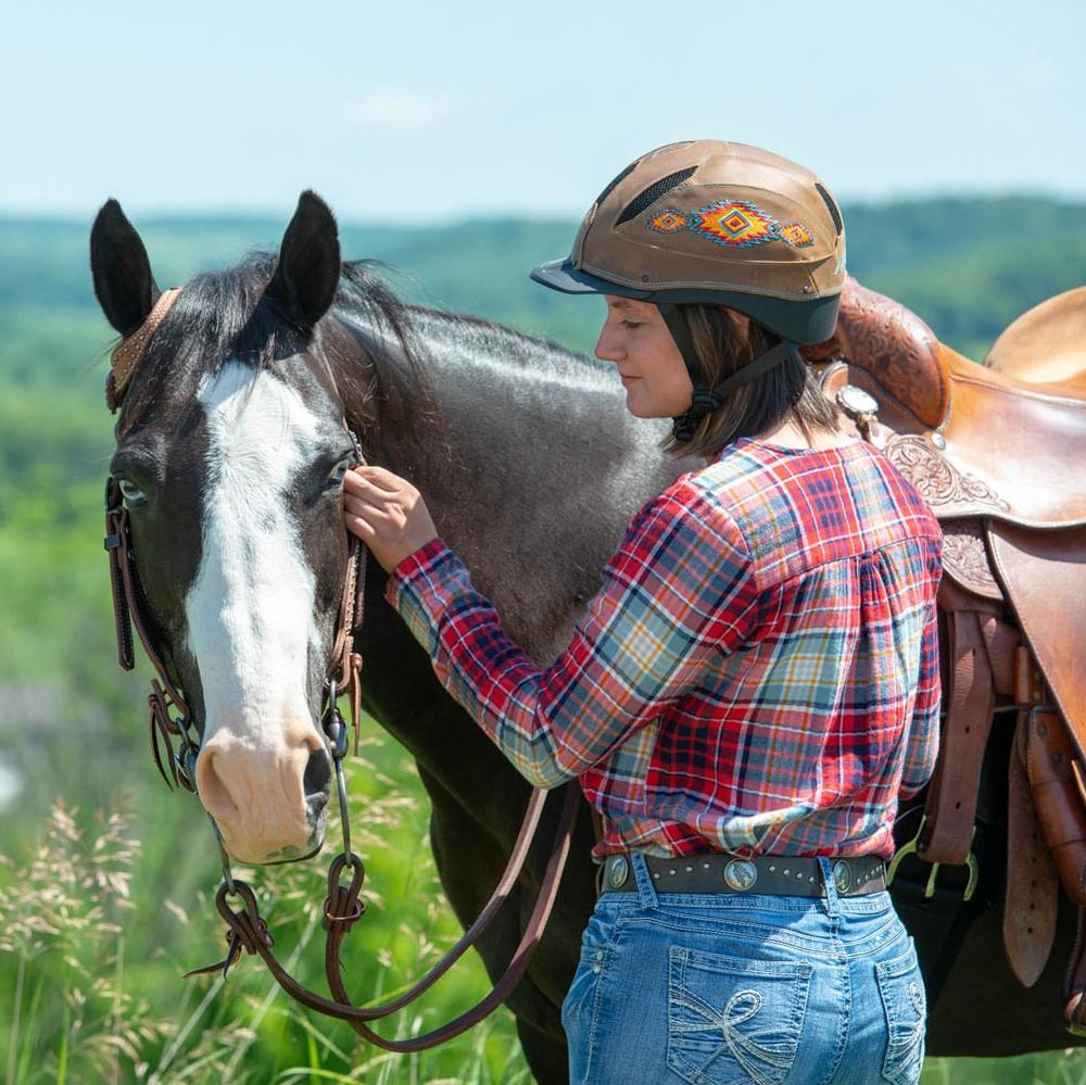 Another great picture of the Troxel Cheyenne Helmet... it looks good doesn't it!!!