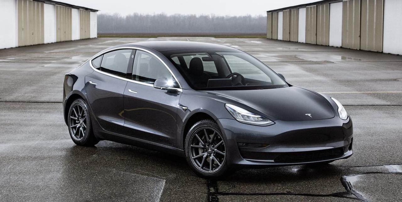 Tesla Model 3 (Blue Star) 2017-2020