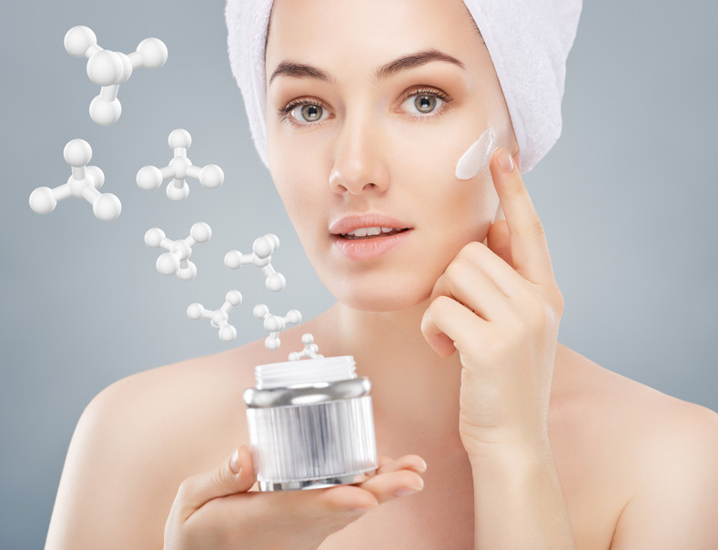 The Benefits of Using Peptides for Skin (Hint: Anti-Aging Amplified!)