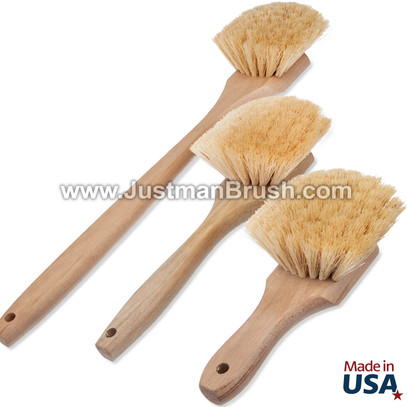 Wood Handle Tampico Fender Brush