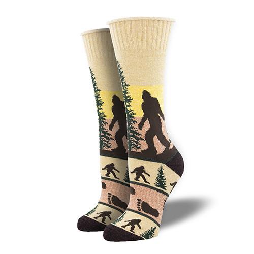 He Went That Way Outdoor Socks For Women