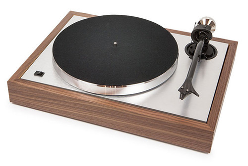 Pro-Ject The Classic Turntable with Ortofon 2M Silver Cartridge (Walnut)