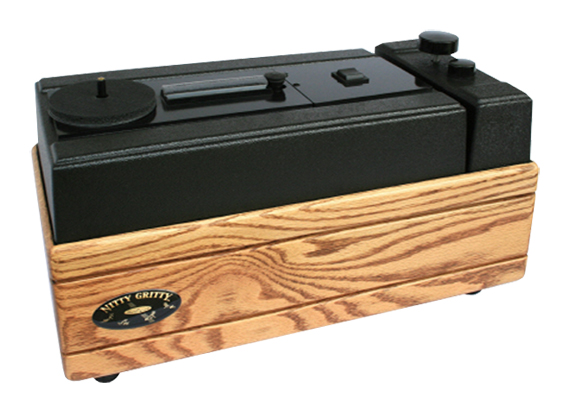 Nitty Gritty Model 2.5 Fi Record Cleaner (Solid Oak)