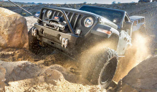 WARN ZEON 8 Winch with 100' Wire Rope and Roller Fairlead