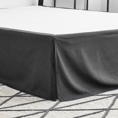 Weekender™ 14 Inch Bed Skirt, Queen