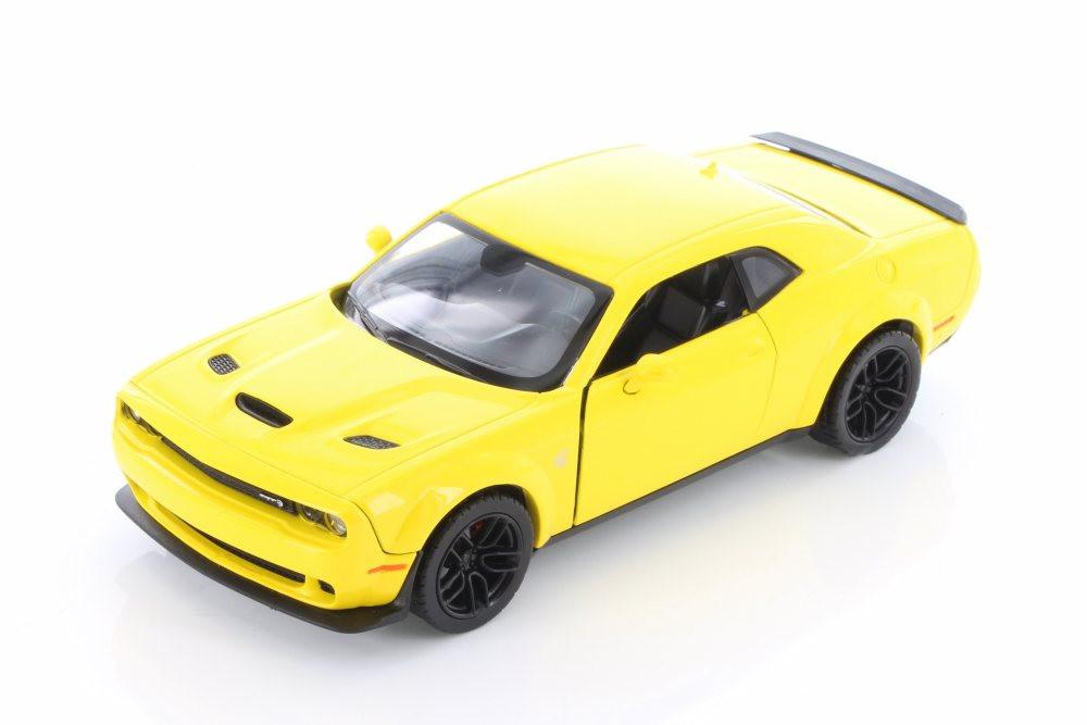 2018 Dodge Challenger SRT Hellcat Widebody, Yellow - Motormax 74350D - 1/24 scale Diecast Model Toy Car