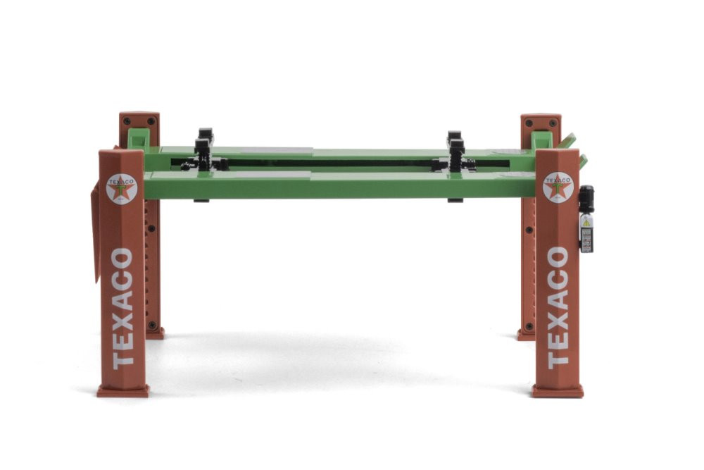 Adjustable Four-Post Lift , Texaco - Greenlight 13590 - 1/18 scale Diecast Accessory
