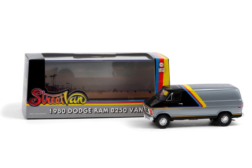 1980 Dodge Ram Custom B250 Van, Silver and Black - Greenlight 86600 - 1/43 scale Diecast Model Toy Car