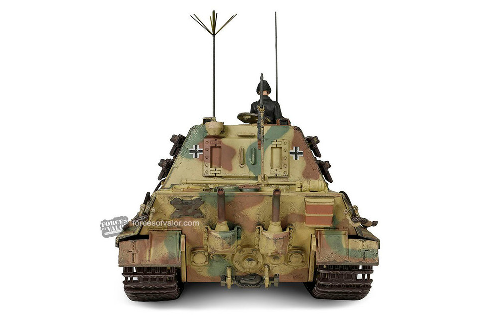German Heavy Tank Destroyer Sd.Kfz.186 Jagdtiger (With Ferdinand Design Bogie & Road Wheel), Camouflage Forest Green - Forces of Valor FOV-801065A - 1/32 scale Diecast Model Replica