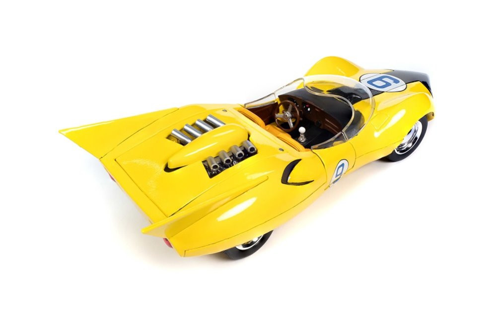 Speed Racer Shooting Star #9 with Speed X Figure, Yellow - Auto World AWSS125 - 1/18 scale Diecast Model Toy Car
