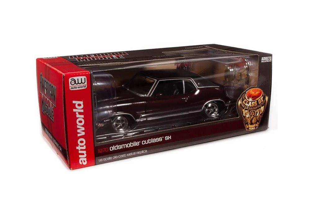 1970 Oldsmobile Cutlass SX Hardtop, Burgundy Mist - Auto World AMM1245 - 1/18 scale Diecast Model Toy Car