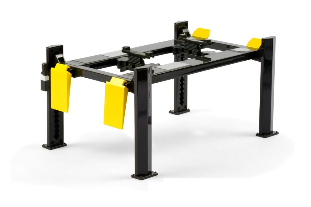 Adjustable Four-Post Lift, Dark Gray and Yellow - Greenlight 13591 - 1/18 scale Diecast Accessory