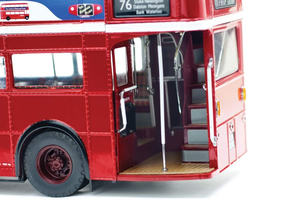 Routemaster RM London Double Decker Bus, Red - Sun Star 2941 - 1/24 scale Diecast Model Toy Car