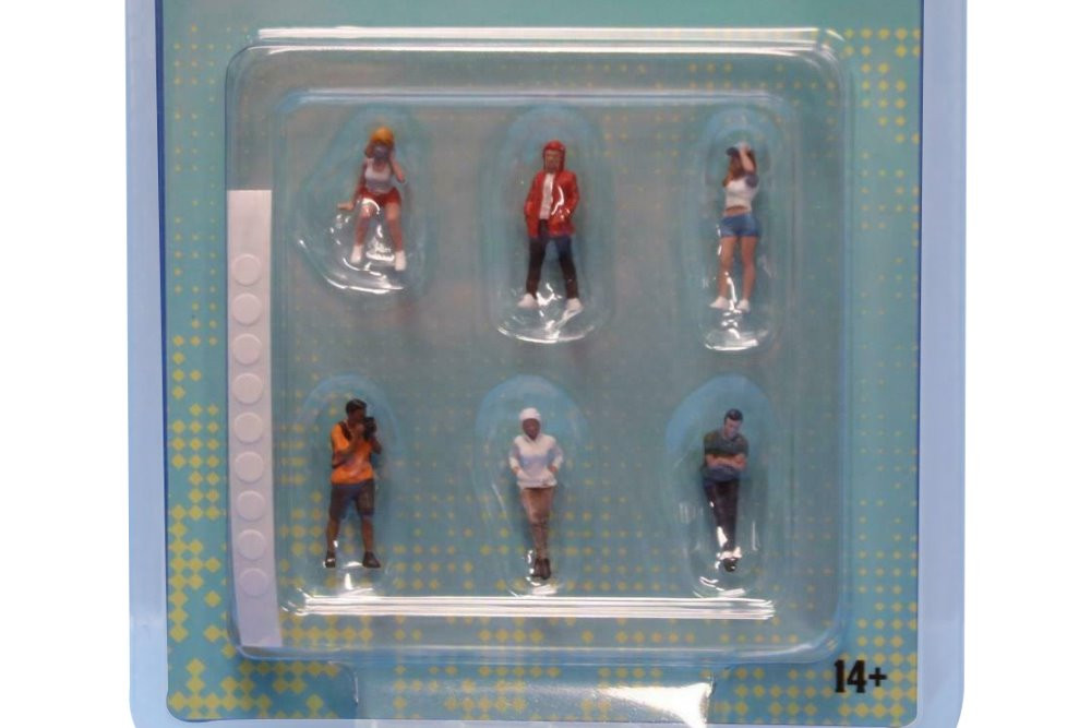 Car Meet II Figure Set, Multi- American Diorama 76471MJ - 1/64 scale Figurine - Diorama Accessory