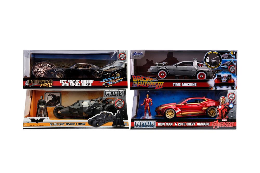 Jada Hollywood Rides Assortment W54 Diecast Car Set - Box of 4 assorted 1/24 scale Diecast Model Cars