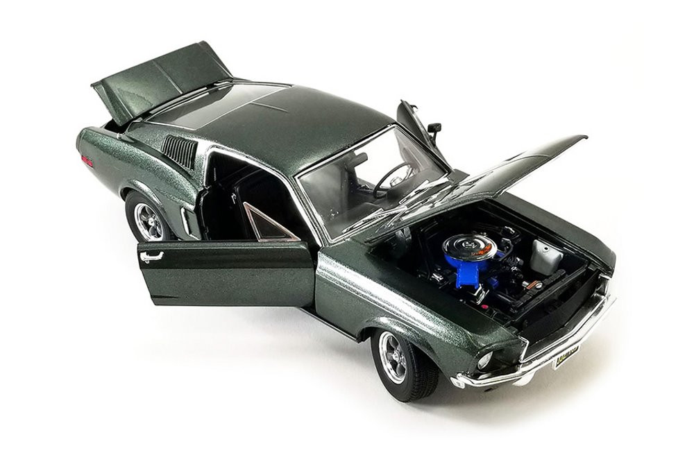 1968 Ford Mustang GT Fastback Hardtop, Highland Green - Greenlight 13615 - 1/18 scale Diecast Model Toy Car