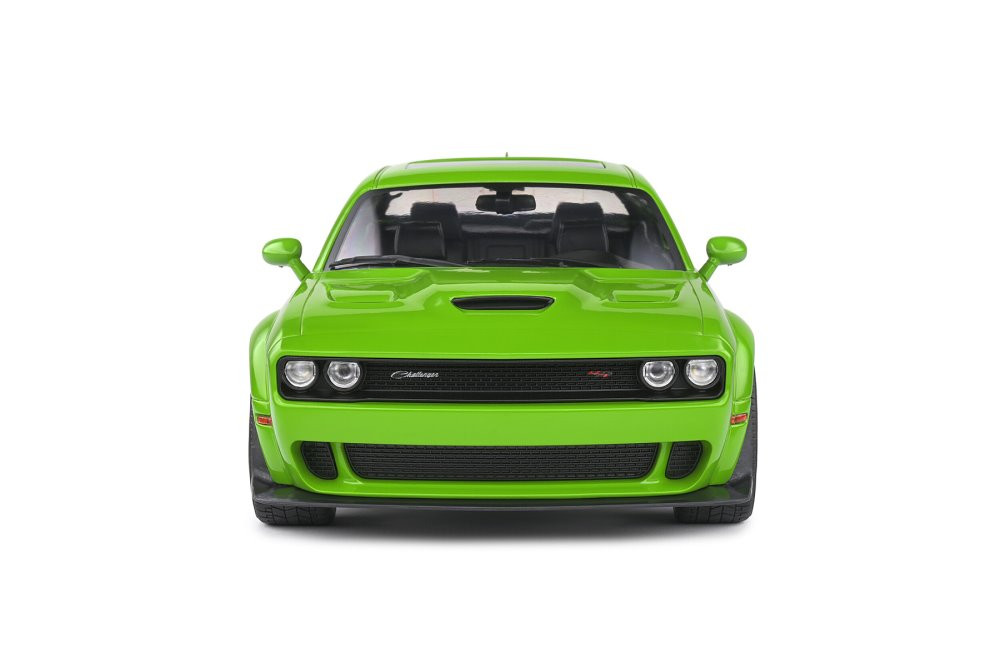 2020 Dodge Challenger R/T Scat Pack Widebody, Green - Solido S1805704 - 1/18 scale Diecast Model Toy Car