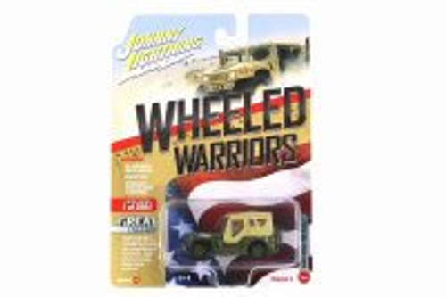 WWII Willys MB Jeep, Green - Johnny Lightning JLCP7267-24A - 1/64 scale Diecast Model Toy Car